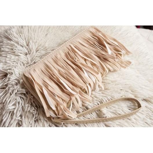 Moderná dámska peňaženka v béžovej farbe so strapcami