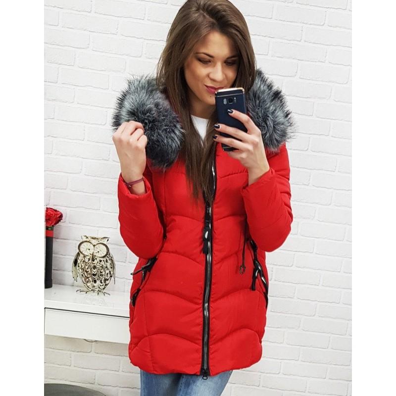 49f7d4eee898 Červená dámska zimná bunda s kapucňou a kožušinou