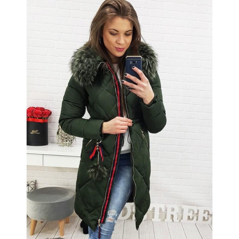 13db650cf249 Elegantná predĺžená dámska bunda na zimu v tmavo zelenej farbe
