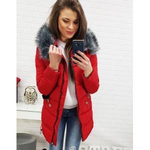 Červená luxusná bunda na zimu s kožušinou na kapucni