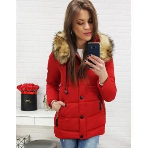Dámska červená bunda na zimu so zapínaním na zips a gombíky