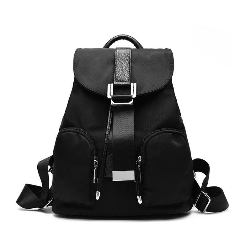 86e1155c6a Dámsky čierny batoh s prednými vreckami