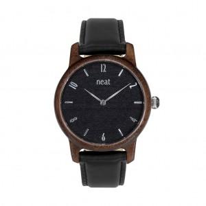 Drevené hodinky pre dámy v čiernej farbe s koženým remienkom