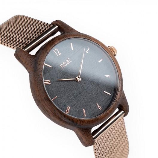 Dámske drevené hodinky na ruku v sivo zlatej farbe