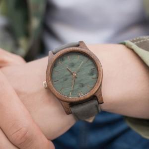 36132e95e Moderné pánske hodinky drevené zelenej farby