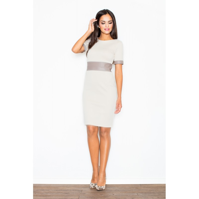 Béžové elegantné dámske šaty s ozdobnými pásmi f73bcf246cb