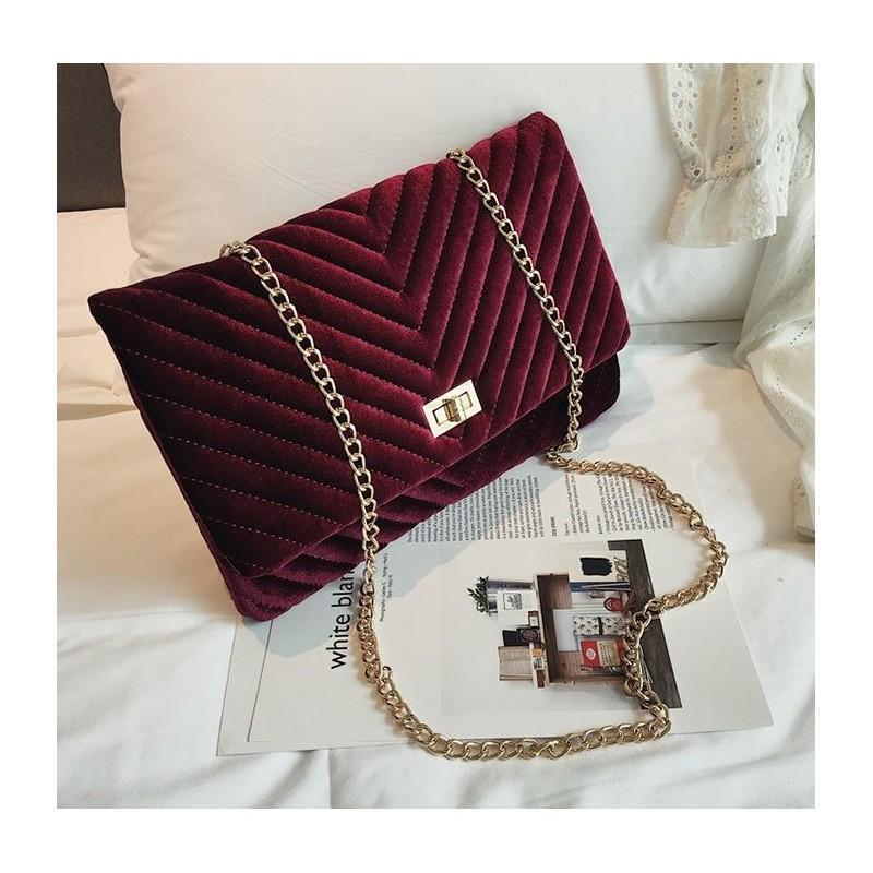 a59511e0cc Červená elegantná veľká listová kabelka cez rameno