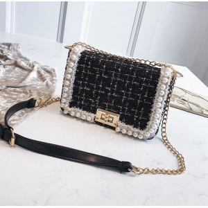 Dámska elegantná čierna crossbody kabelka s perličkami