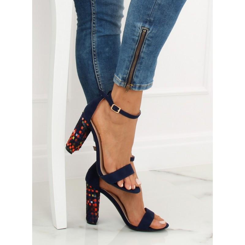 1e8bea2df755 Dámske tmavo modré sandále na ples