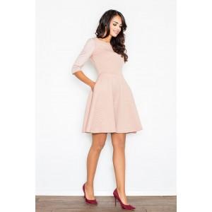 Dámske elegantné šaty svetlo ružovej farby s áčkovým strihom sukne