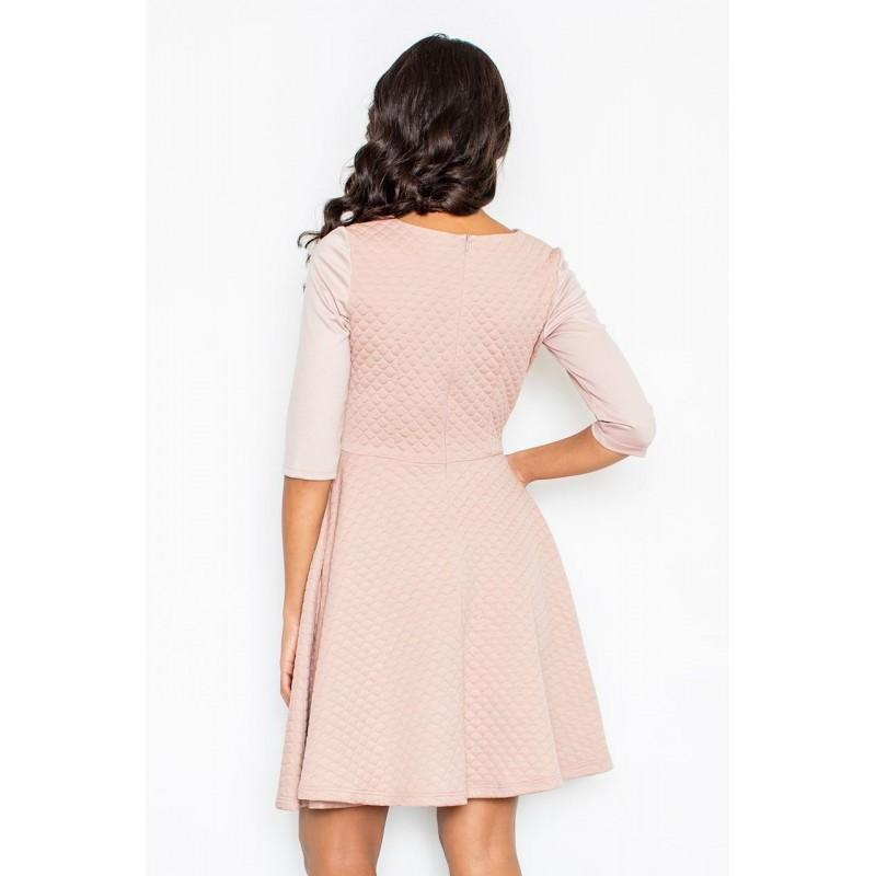 c03a63843c29 Dámske elegantné šaty svetlo ružovej farby s áčkovým strihom sukne
