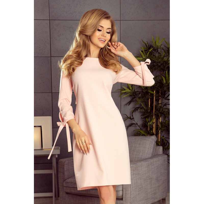 Ružové spoločenské šaty s mašľou na rukávoch a v páse 4588e55bd04