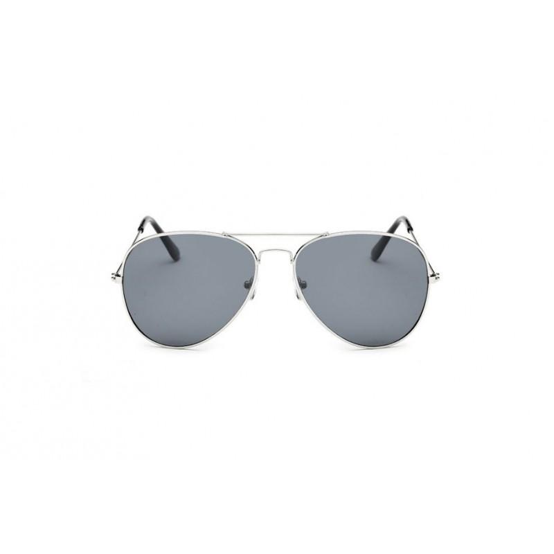 4bf04ed87 Pilotky čierne slnečné okuliare so strieborným rámom