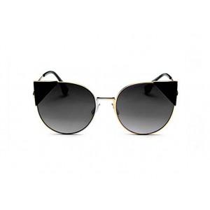 Slnečné okuliare čiernej farby so štýlovými trojuholníkmi