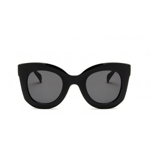 Čierne plastové dámske slnečné okuliare