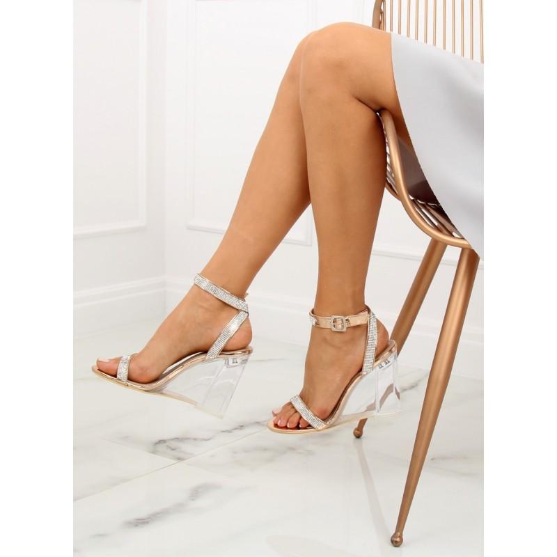 91ea07aef2 Dámske elegantné sandále na priesvitnej platforme s kamienkami