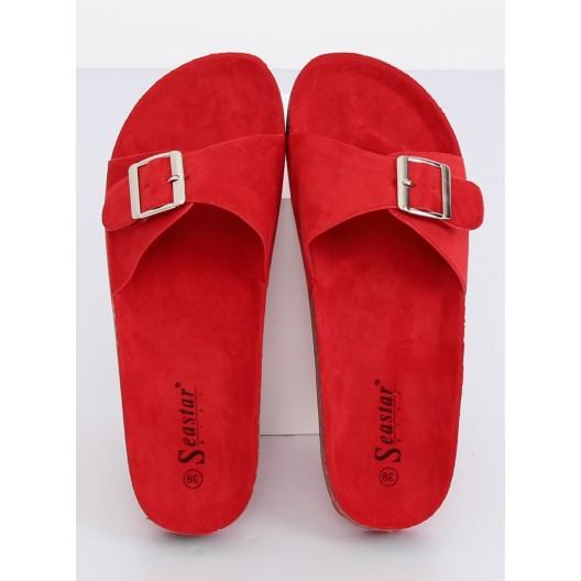 Pohodlné dámske papuče na korkovej podrážke červenej farby