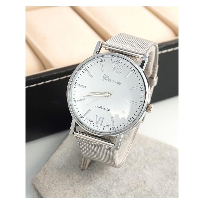 Dámske strieborné hodinky s kovovým remienkom a ciferníkom e01c23e21e0