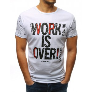 Tričko s nápisom v bielej farbe s krátkym rukávom