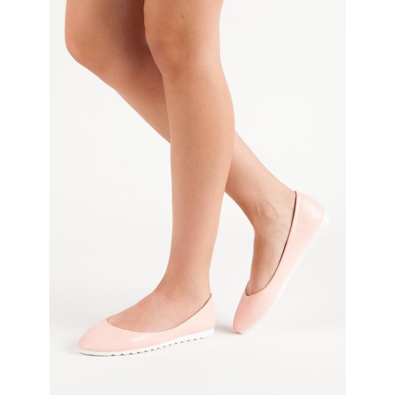 2aab6499d613 Romantické ružové balerínky čistého dizajnu a s bielou podrážkou