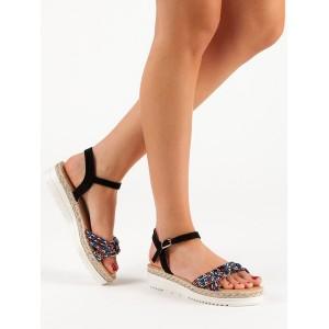 Dámske čierne sandále na platforme s remienkom a farebným pletencom