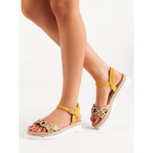Štýlové dámske letné sandále na platforme s módny farebným pletencom