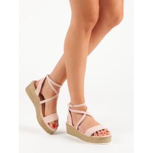 Módne letné dámske ružové sandále na platforme s originálnym viazaním