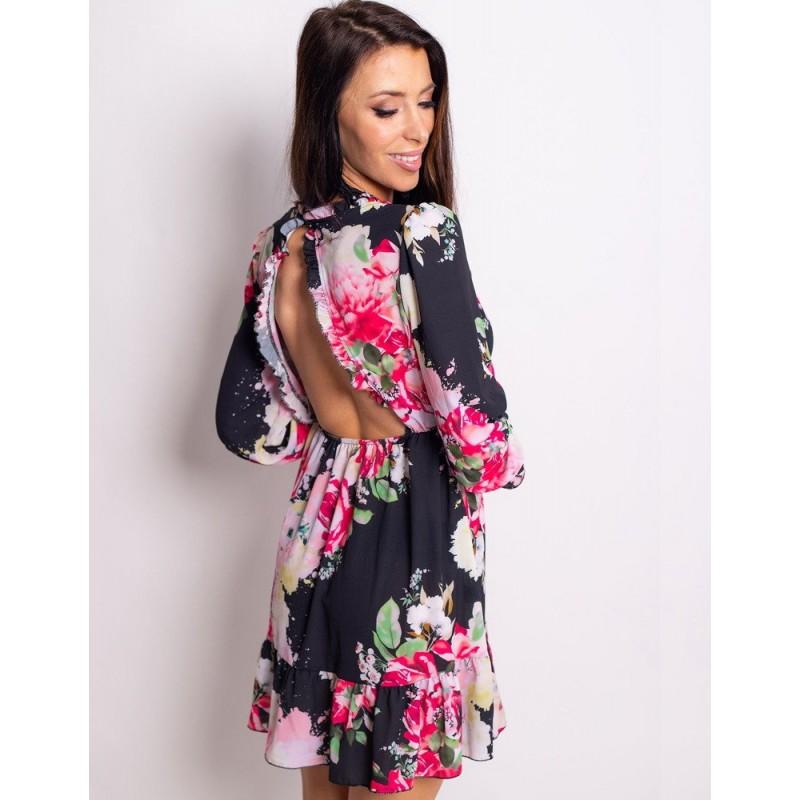 a0198316af4d Čierne dámske krátke šaty s odhaleným chrbtom