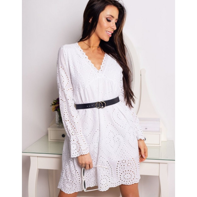 ef162f770d26 Biele letné krátke šaty s čipkou a dlhými rukávmi
