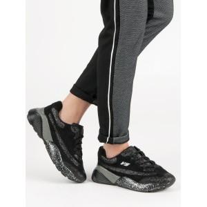 Pohodlné dámske tenisky v čiernej farbe