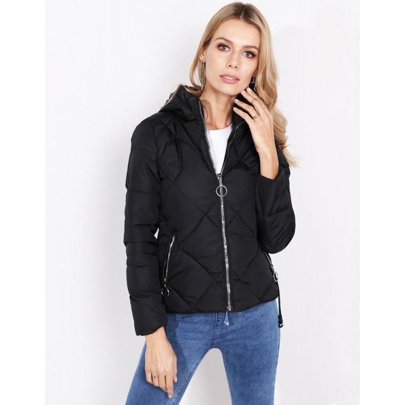 e132a418c233 Štýlová dámska čierna bunda so zapínaním na zips a kapucňou