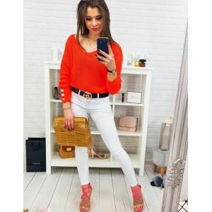 Krásny oranžový dámsky letný sveter s voľným V výstrihom