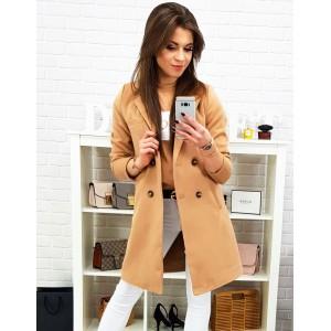 Karamelovo hnedý dámsky jarný kabát s dvojradovým zapínaním