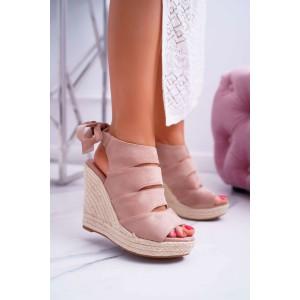 Originálne ružové dámske semišové sandále na vysokej platforme