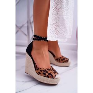 Extravagantné dámske letné sandále s leopardím vzorom