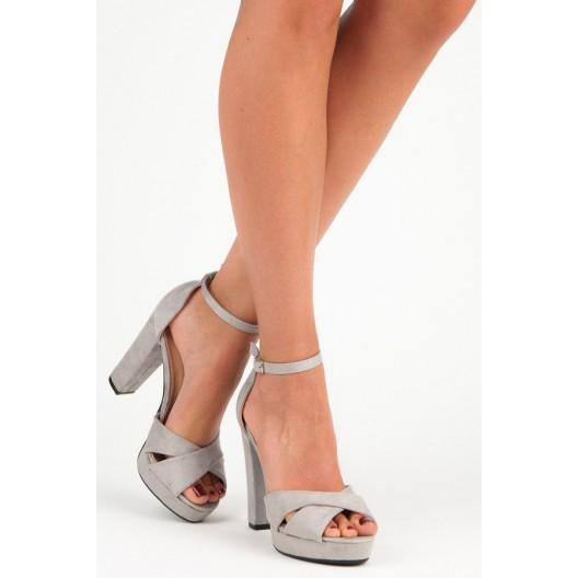 Štýlové dámske sivé semišové sandále na plnom opätku