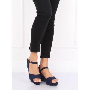 Tmavo modré dámske semišové sandále s remienkom a na platforme