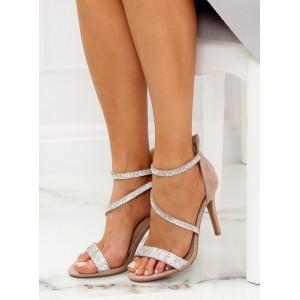 Elegantné dámske béžové sandále so štrásovými remienkami na opätku