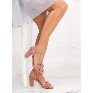 Dámske púdrovo ružové sandále na plnom opätku s ozdobnou mašľou
