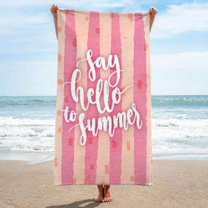 Kvalitný uterák na pláž v ružovej farbe