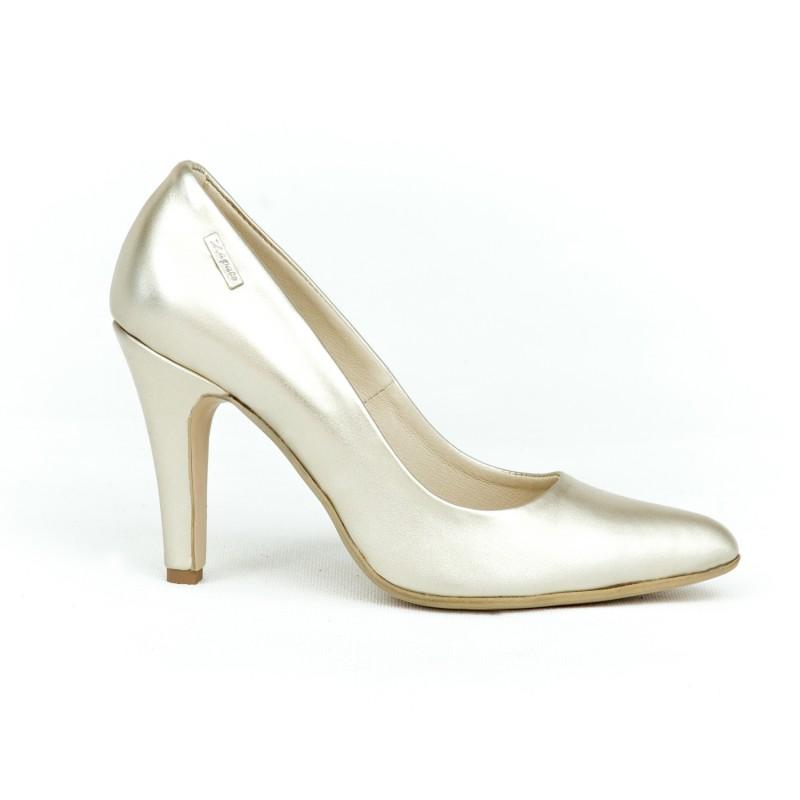 193637333fc8 Elegantné dámske kožené lodičky v zlatej farbe na vysokom úzkom opätku