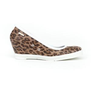 Dámske kožené poltopánky na platforme s leopardím vzorom