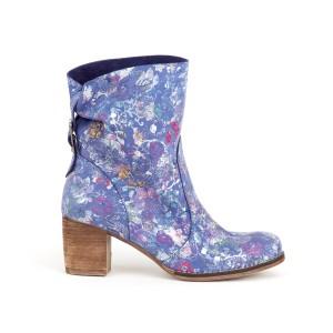 Krásne dámske kožené modré členkové topánky s motívom kvetov