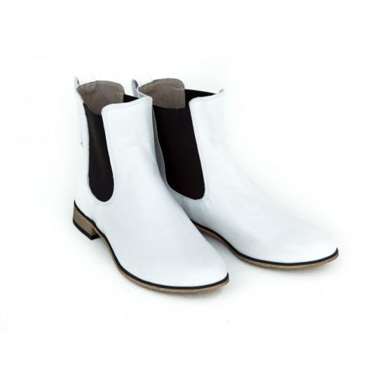 Štýlové dámske biele kožené topánky nasúvacie s bočnou gumou