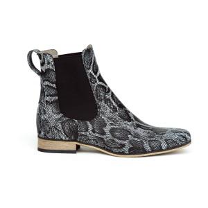 Trendy dámske čierne kotníkové kožené topánky s módnym dizajnom