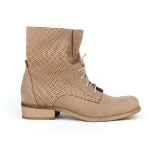 Štýlové dámske kožené členkové topánky vo farbe kávy a šnúrkami