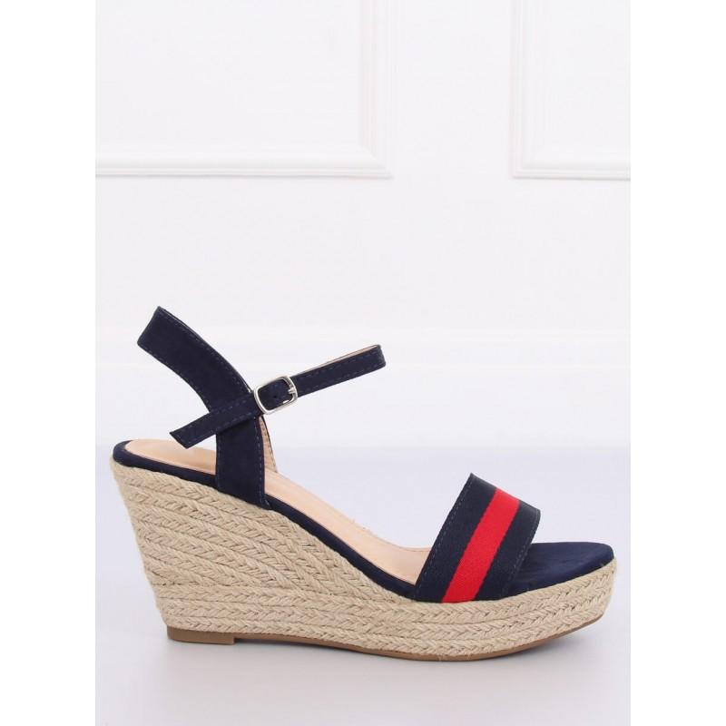 902ef87484b7 Tmavo modré dámske sandále na platforme a zapínaním na remienok