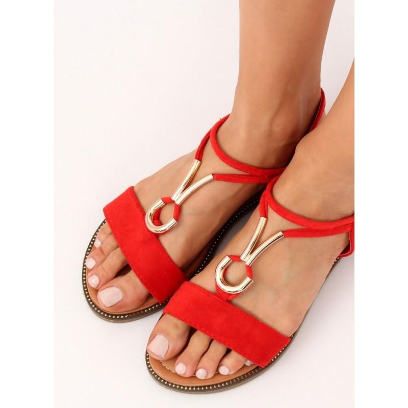 9e1bfbfd880c Pohodlné letné dámske červené sandále s ozdobnou zlatou prackou