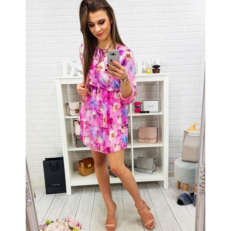 dc36d5c0ffc2 Výrazné dámske letné šaty v ružovej farbe s ozdobnými kvetmi
