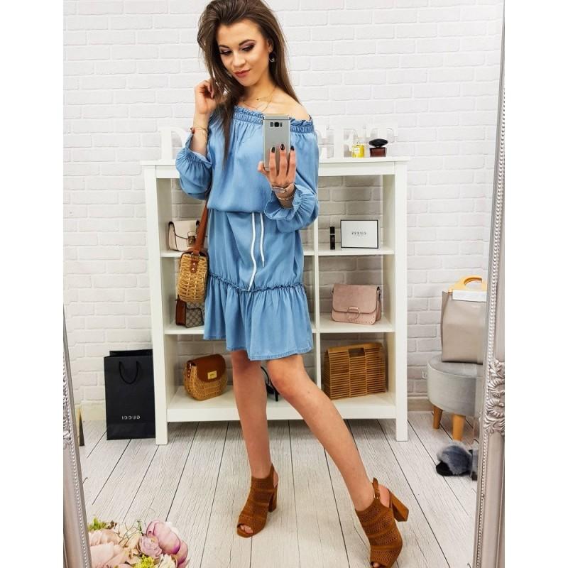 8c07ef8b1 Trendy svetlo modré dámske rifľové šaty s odhalenými ramenami
